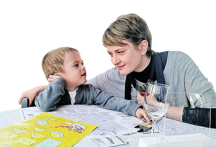 Сейчас сыну Аллы три года. Она очень рада, что рискнула родить. Фото: личный архив.
