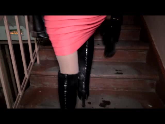 Безопасно ли если проститутка дрочит тебе рукой