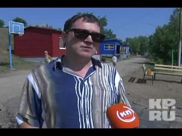 ЧП в детском лагере под Саратовом:Футбольные ворота, упавшие на школьника, должны были закрепить еще год назад