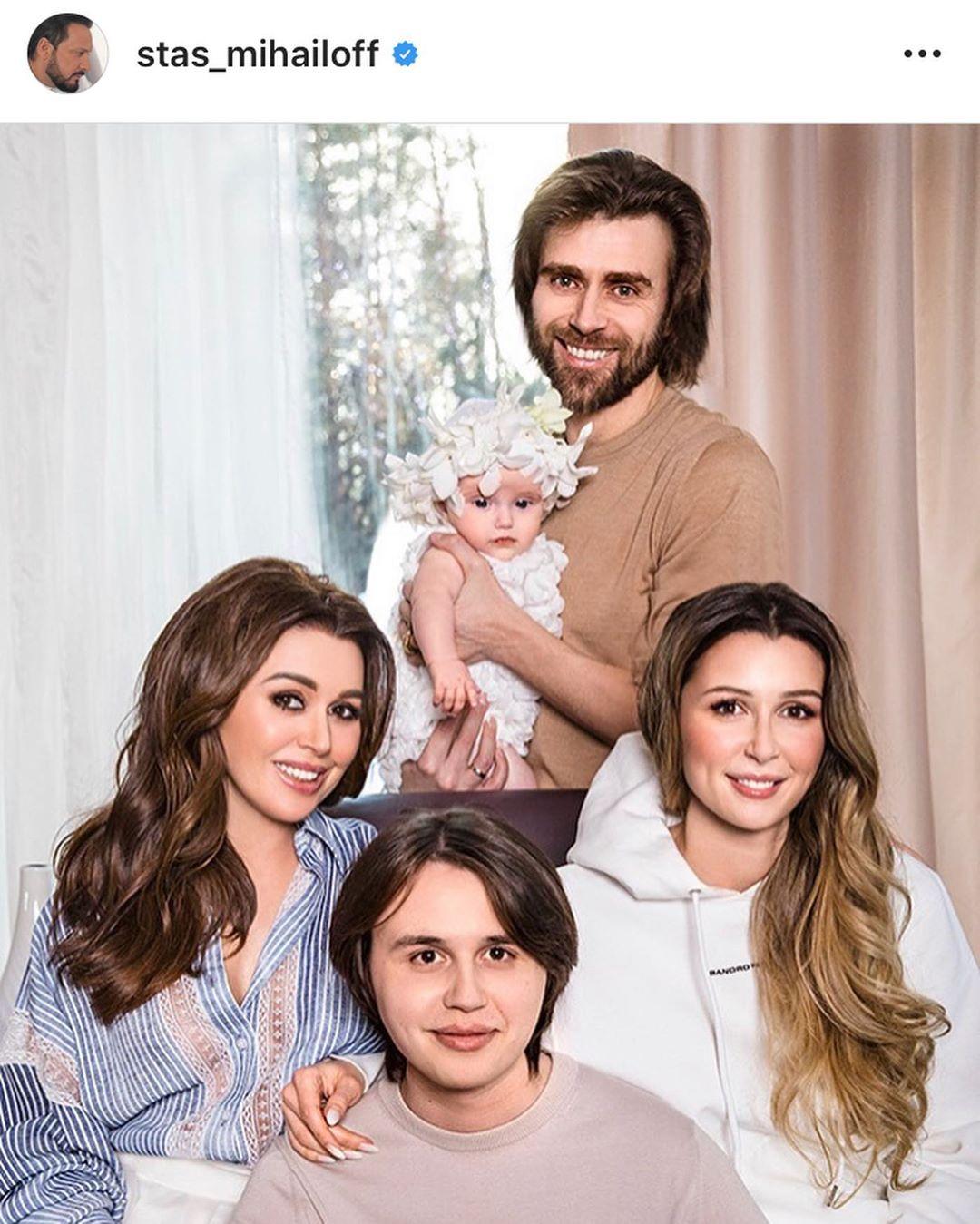 Семья актрисы Анастасии Заворотнюк