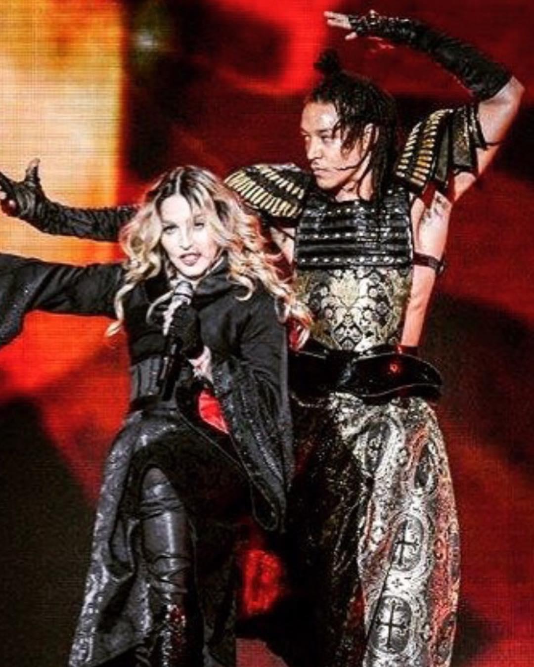Ахламалик - танцор в команде Мадонны.
