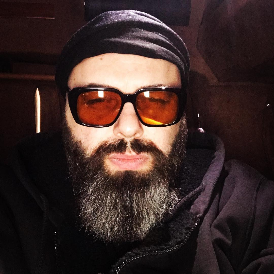 Максим Фадеев более десяти лет страдает тяжелым недугом