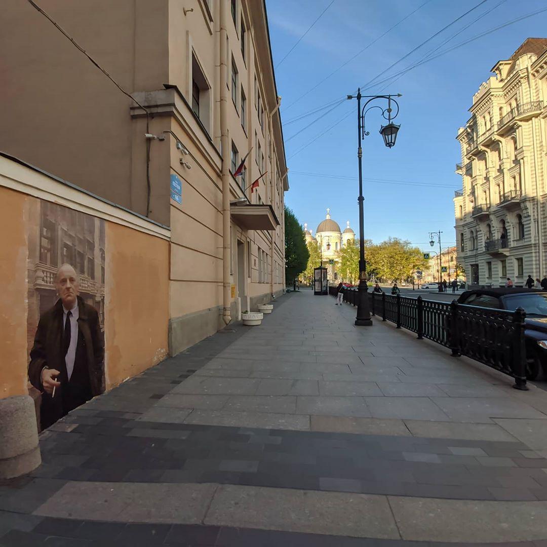 В Санкт-Петербурге на стене появился портрет Бродского