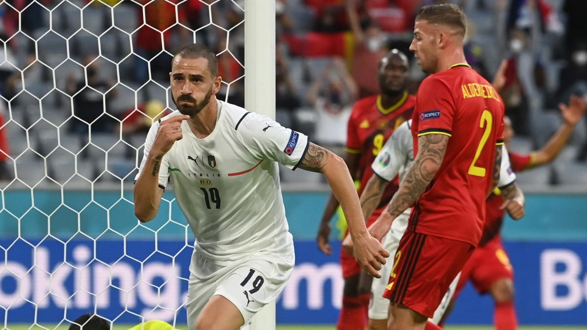 Леонардо Бонуччи в начале поединка забил в ворота Бельгии, но гол отменили. Фото: REUTERS