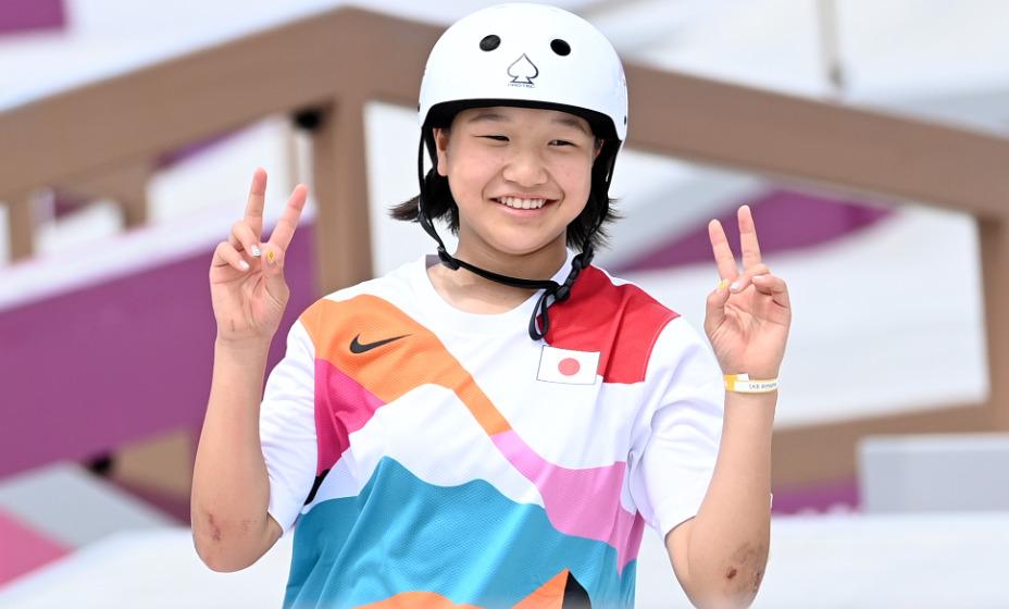 13-летняя японка Нисия стала олимпийской чемпионкой в скейтбординге. Фото: Global Press Look