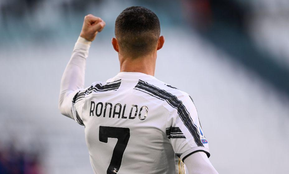 Роналду всегда сам выбирал время, когда его надо продавать в клуб. Фото: Global Look Press
