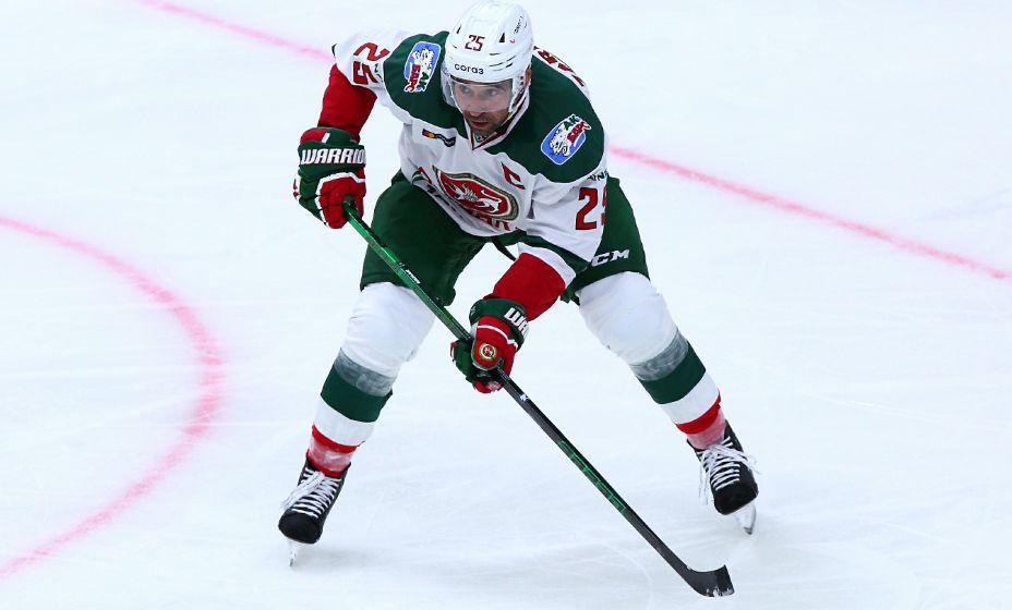Данис Зарипов собирается прощаться с хоккеем в качестве игрока. Фото: Global Look Press